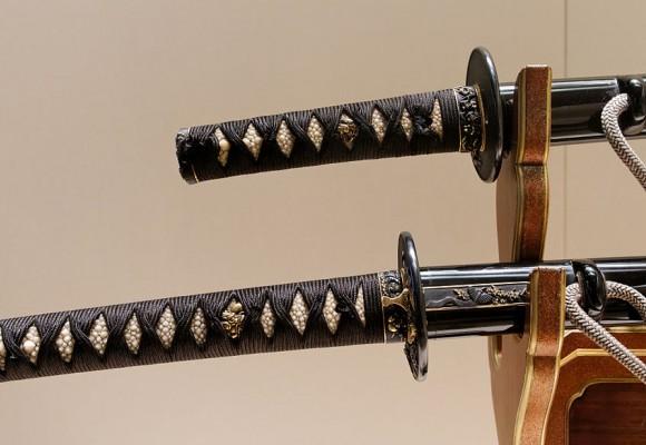 ¿Merece la pena comprar una espada samurái YariNoHanzo?